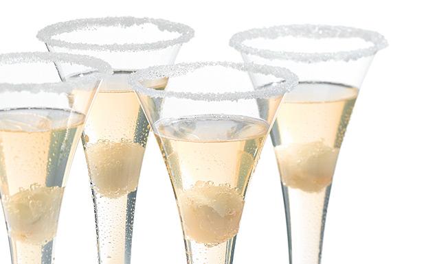litschi champagner cocktail rezept tegut. Black Bedroom Furniture Sets. Home Design Ideas